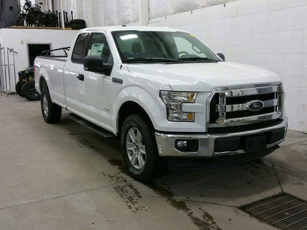 new 2017 ford f 150 xlt 4 door pickup in lloydminster 17t050 boundary ford. Black Bedroom Furniture Sets. Home Design Ideas